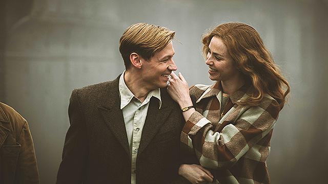 映画『キーパー ある兵士の奇跡』トラウトマンとマーガレット